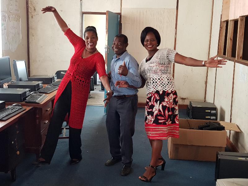 HQ Happy Staff