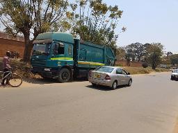 Lilongwe_bin_lorry